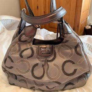 Medium sized Coach handbag